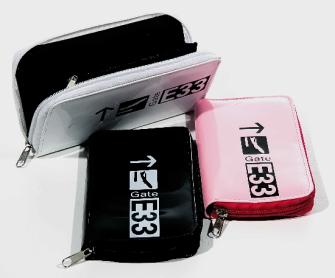 "Portemonnaie ""Gate E33"" 3ass PVC glänzend m.RV, in Polybeutel B:10cm H:19cm T:2cm"