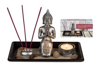 Buddha auf Tablett 22x14cm mit Teelichhalter 3 Räucherstäbchen Dekosteine Dekosand in Geschenkbox