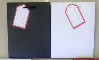 Geschenktasche schwarz, weiß asst. 14x15cm