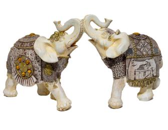 Elefant weiss mit Verzierungen Polyresin L 20x18x9cm