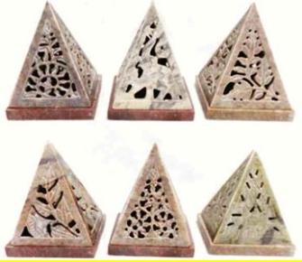Räucherpyramide Speckstein geschnitzt INDIEN